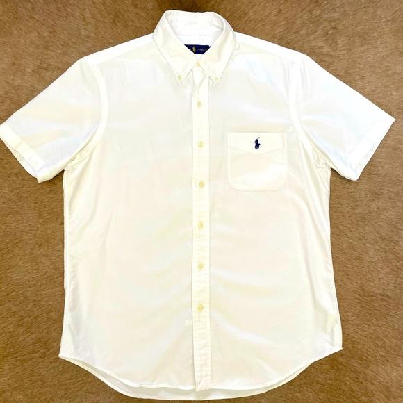 Polo Oxford shirt sleeve shirt.